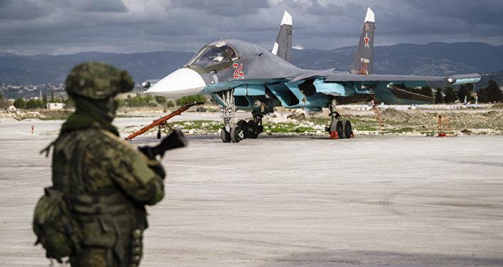 Militar ruso en la base aérea de Hmeimim, Siria (archivo)