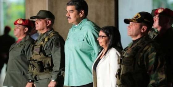 Maduro califica de exitosos ejercicios militares por Bicentenario de Angostura